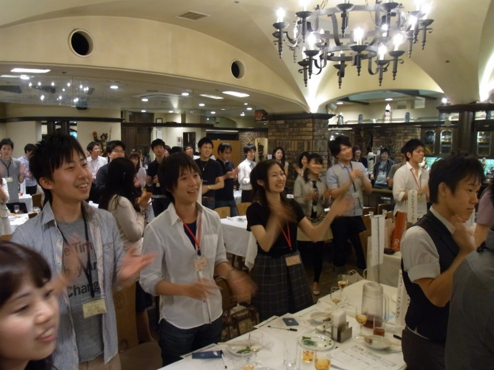 『新校友歓迎会』が開催されました!