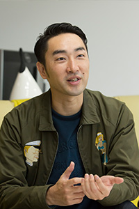 加藤久哉さん('02 文)
