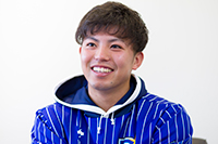 横浜DeNAベイスターズ 投手 東克樹選手('18文)